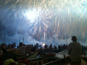 dinner boat fireworks